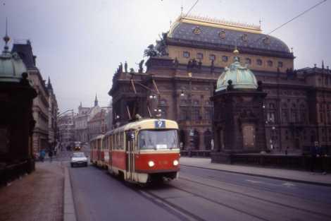 Eine Strassenbahn des Typs T3, des meist verkauften Strassenbahntyps der Welt. Aber die Geschichte beginnt bereits 1769... Foto commons.wikimedia.org